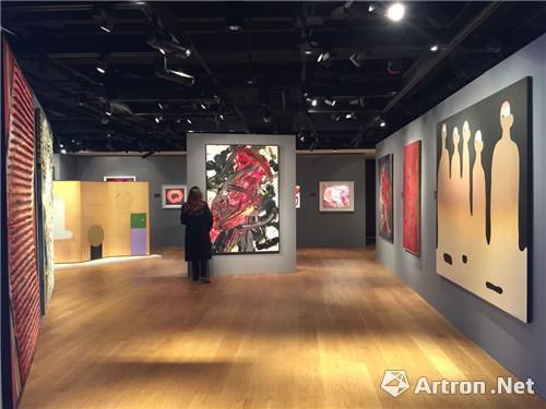 """2015年香港苏富比艺术空间""""亚洲前卫艺术展""""现场"""