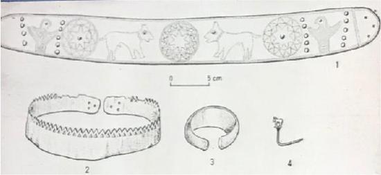 基克拉迪群岛出土的银冠和饰物