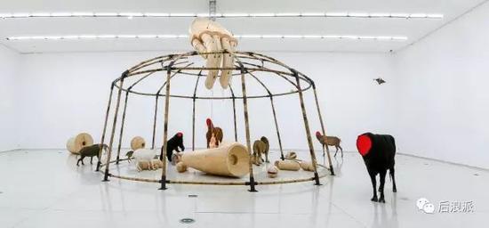 黄永砯作品《马戏团》