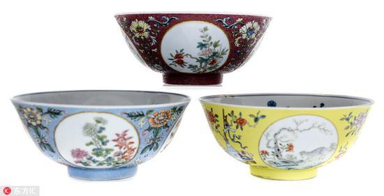 英国女子55万元拍卖掉3个中国瓷碗 买时仅花1镑