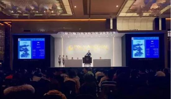 保利华谊(上海)2017秋季艺术品拍卖会的总成交额将有望突破10亿元(预计)。