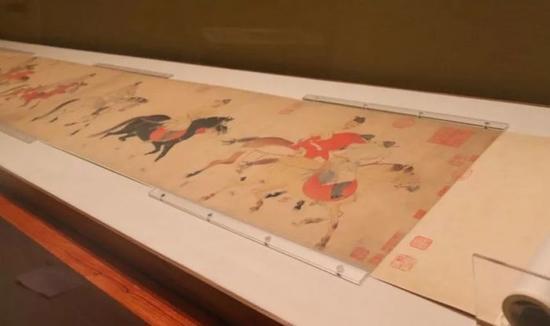 苏宁艺术馆馆藏元代任仁发的《五王醉归图卷》