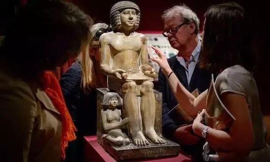埃及舍卡姆卡雕塑