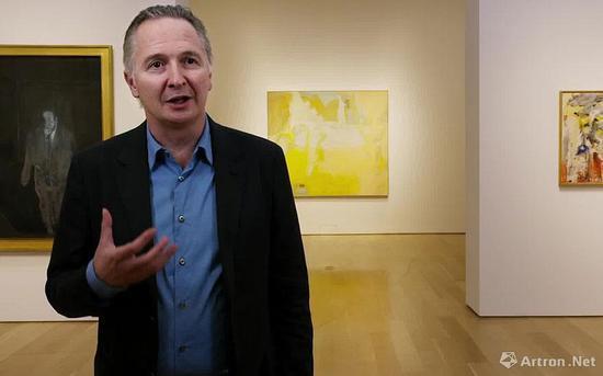 """2016年,布莱特·格文(Brett Gorvy)策划了首次""""倾彩""""西方大师展。次年,他转型为私洽经纪人,开设了列维·格文画廊"""