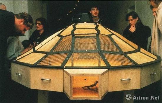 《世界剧场》(系列:无系列作品), 1993,法国蓬皮杜艺术中心