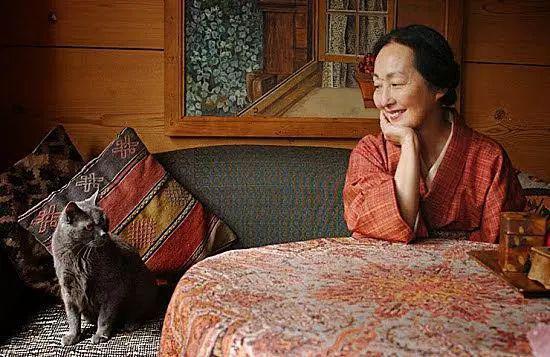 巴尔蒂斯的遗孀,出生于日本的节子・克洛索夫斯科娃・德・罗拉(Setsuko Klossowska de Rola)