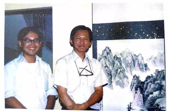 傅申先生(右)与白谦慎 1988年
