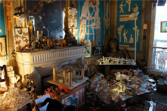 尤纳在巴黎的家,他的家已经被蓬皮杜中心永久收藏