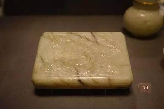 仿漆器玉盒