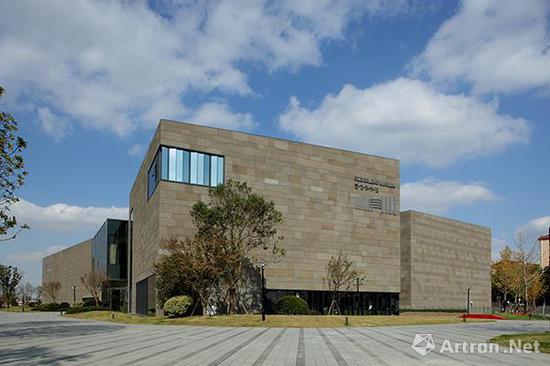 11月 上海宝龙美术馆盛大开馆占据了虹桥艺术新高地