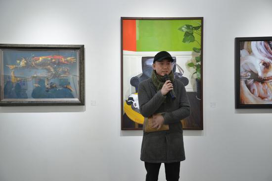 美术学博士、本次展览策展人李陈辰