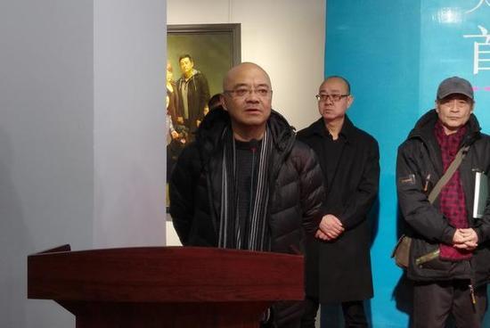 天津市美术家协会副主席、天津美术学院教授、著名油画家于小冬代表推荐导师致辞