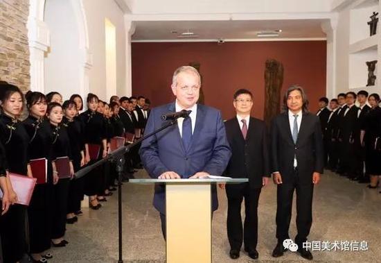 白俄罗斯文化部长邦达里致辞
