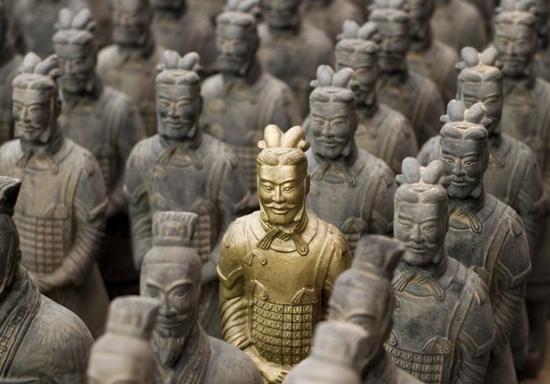 """""""讲好中国故事、传播好中国声音是我们的责任和担当"""",侯宁彬说。"""