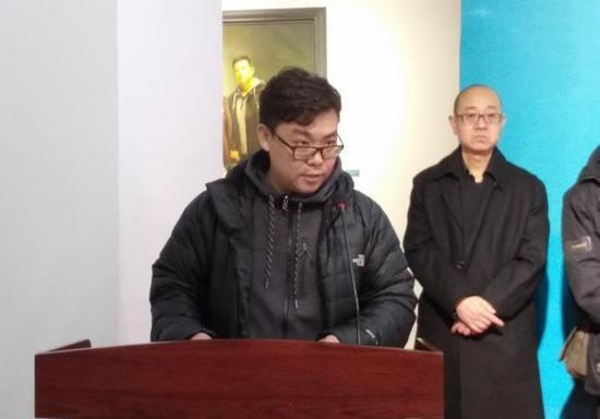 青年油画家代表董凯发言