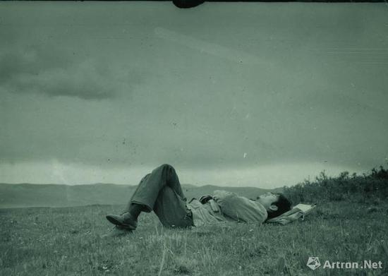 1980年周春芽第一次去藏区草原(四川红原县瓦切公社)