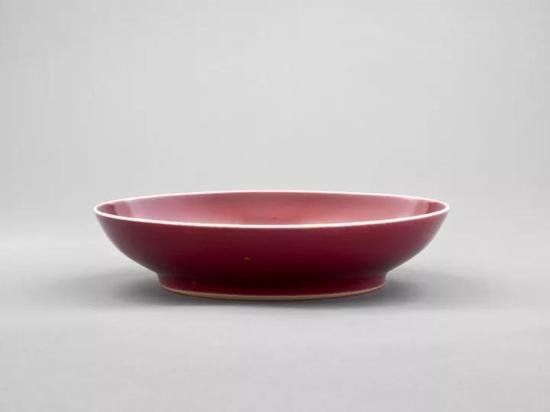 清 乾隆 霁红大盘印第安纳州立美术馆藏