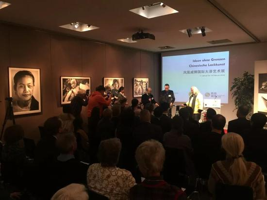 ▲ 威狮国际·禾夏文创生活馆自主研发、设计、生产的大漆家具被列支敦士登国家博物馆永久收藏