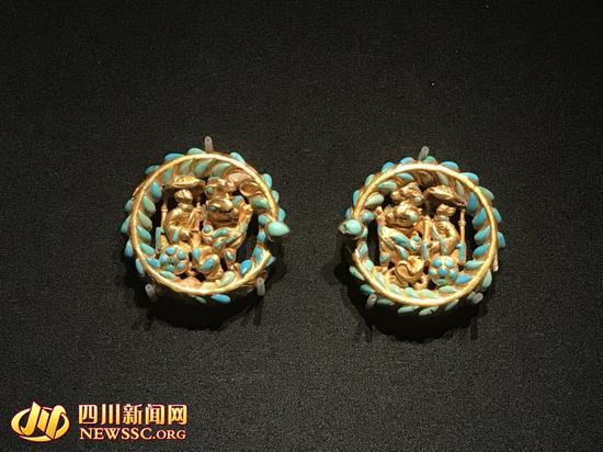 本次展出中的中国元素文物――金踝饰