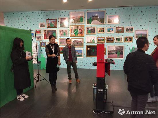 """""""复相·叠影——广州影像三年展""""展览现场"""