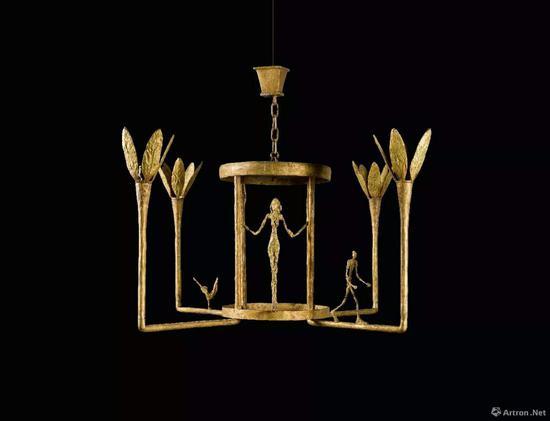 阿尔伯特·贾科梅蒂《女子、男子及小鸟吊灯》铜铸 1952年 成交价:760.24万英镑(折合6684.5万元人民币)