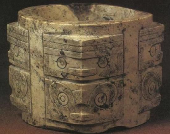 良渚文化的玉琮