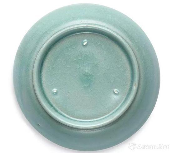 北宋汝窑天青釉洗 直径 13cm 成交价HKD294,287,500   香港苏富比2017.10.3