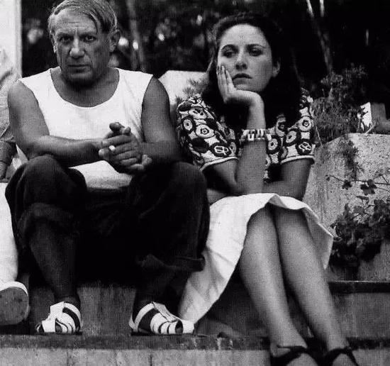 毕加索和朵拉