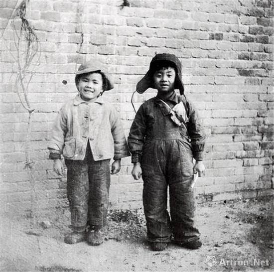 1949年,李小可和董沙贝(摄影:董希文)