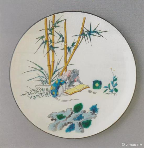 "Manufacture Jules Vieillard & Cie, Plate with Mice Reading, from the Service ""Souris"", c。 1890, faience, dim。 22.9cm,The National Museum of Western Art, Tokyo, Donated by ""Au Bain Marie"", Paris, p。 136"