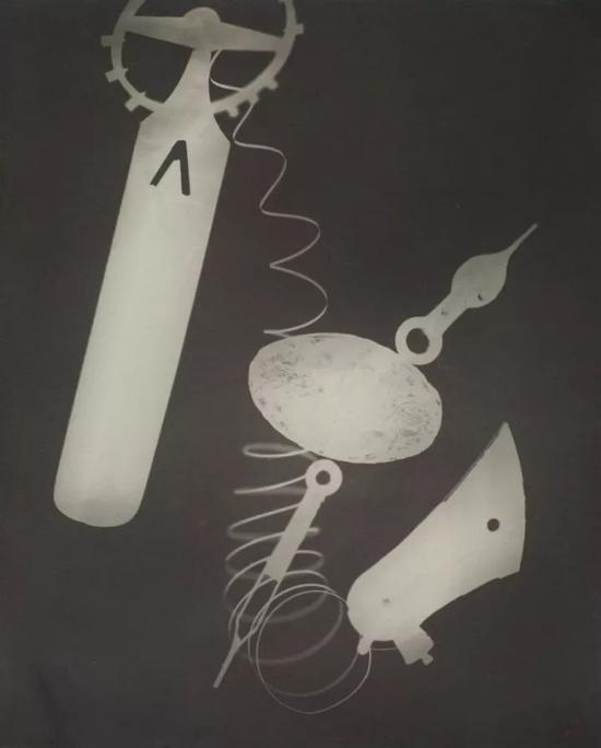 Rayograph,1923 by Man Ray