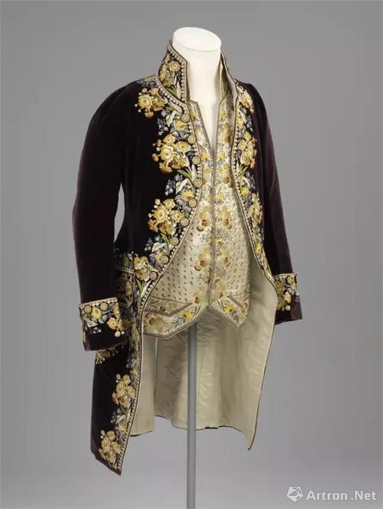 宫廷外套,英国,19世纪?V&A.webp