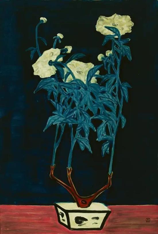 青花盆与菊
