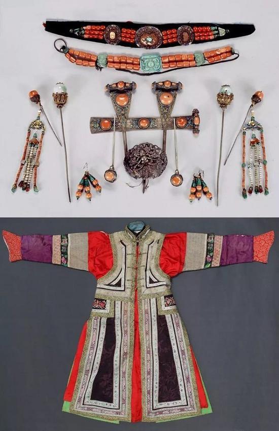 鄂尔多斯部妇女服饰