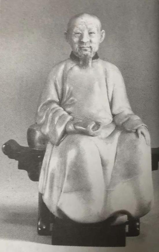 唐英 石像