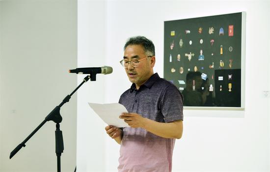 策展人张伯淳(韩国)致辞