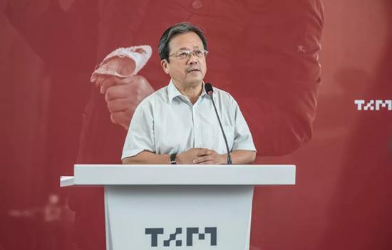 中国文联副主席、中央文史馆副馆长、中国美协副主席 冯远致辞