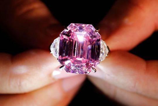 18.96克拉粉钻将被拍卖 有望拍出5000万美元高价-我的收藏