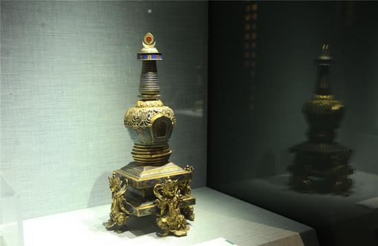 掐丝珐琅喇嘛塔