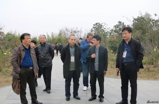 江苏省中国画学会艺术家们参观南京万成生态园