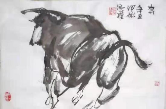 绘画摄影双栖牛画家潘德权 画牛独树一帜