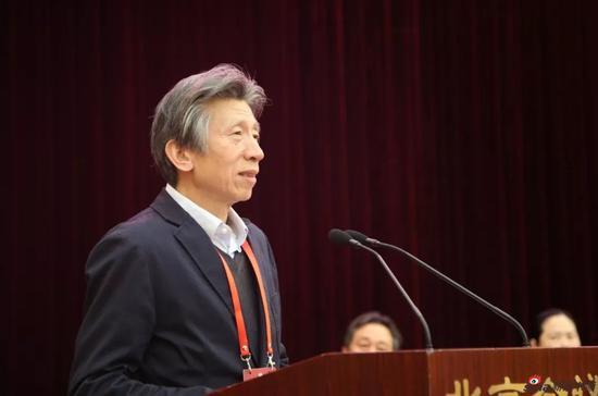 中国美协主席范迪安在中国美术家协会第九次全国代表大会闭幕式上致辞