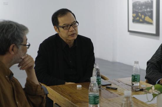 ▲中央美术学院美术馆副馆长王春辰