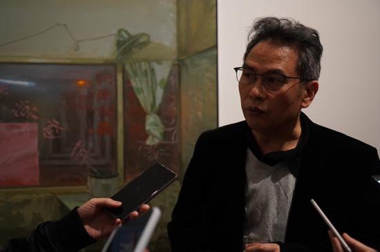 批评家王端庭接受采访