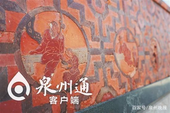 """李昭璜故居墙上有精美的砖雕""""二十四孝""""图"""