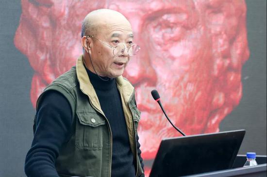 四川美术学院教授、《雕塑》杂志主编朱尚熹 《数字雕塑写生的相关话题》