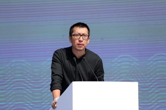 公共雕塑部分策展人 著名艺术家 卢征远介绍策展思路