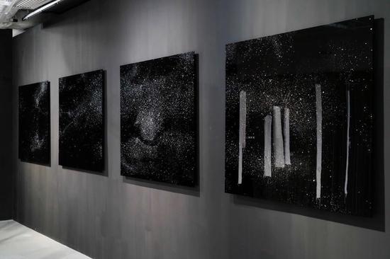 岩崎贵宏,《星座(香港)》,2018年。图片:六厂纺织文化艺术馆(CHAT六厂)