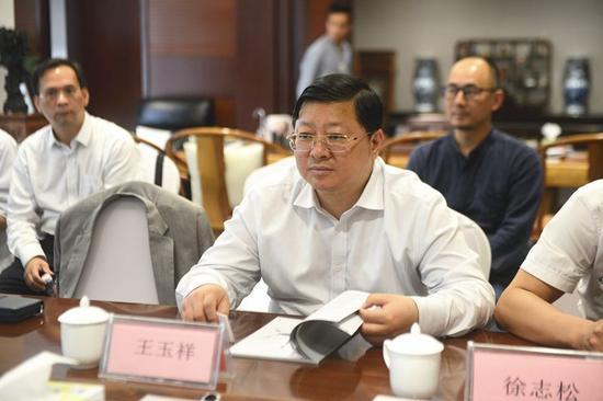 贵州省贵阳市人民政府副市长王玉祥