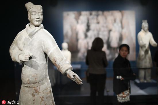 """美国辛辛那提博物馆展示秦始皇""""兵马俑"""""""